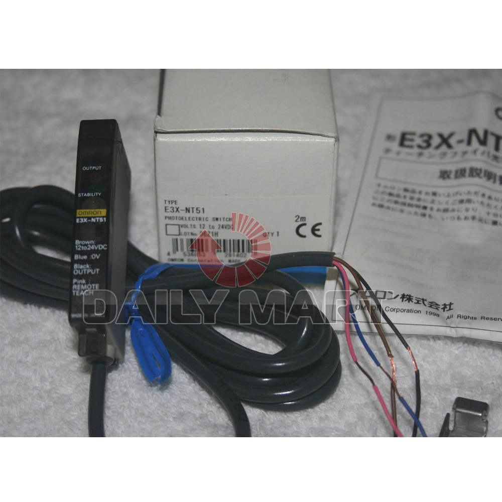 Omron E3X-NT51 Amplifier Unit For Proximity Sensor Optical Light On//Dark On 12V